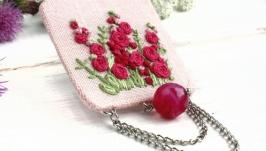 Брошь бохо розовая с цветами Летняя брошка с цветами (шелк, вышивка)