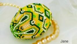 Яйце з бісеру