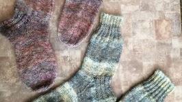 Дві пари шкарпеток