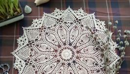 Очень красивая салфетка вязаная салфетка в винтажном стиле