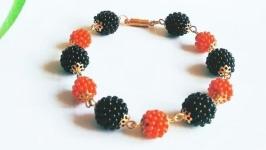 Черно-красный браслет из бисера Браслет на подарок девушке