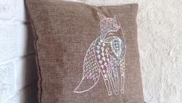Подушка для дивана. Декоративна. Вишита шовковими нитками.