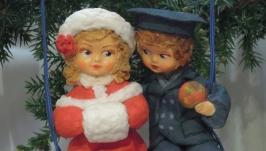 Елочная игрушка кукла ′Первая любовь′