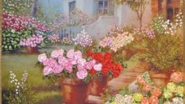 Вышитая лентами картина ′Розы у дома′