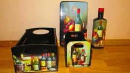 Набор для кухни:доски,бутылки.ящики для специй,вешалки полотенец