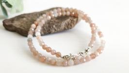 Срібне кольє чокер з натурального персикового місячного каменю