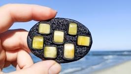Кожаная брошь ′Геометрия камня′