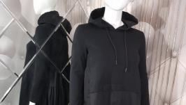 Черное платье с капюшоном