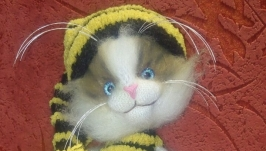 Cat in the image of a Bee
