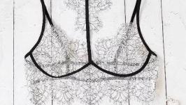 комплект кружевного белья для женщин