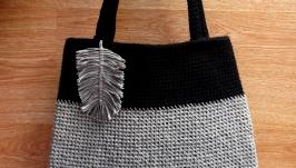Сумка серая с текстильным листиком