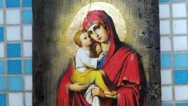 Икона Богоматери Почаевской
