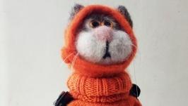 Сувенир валяный котик из овечьей шерсти ′Инспектор рыбнадзора′