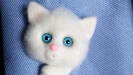 Брошь - котёнок