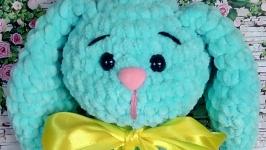 Плюшевый заяц Мирон