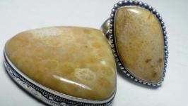 Коралловый комплект кольцо 19,5 и кулон