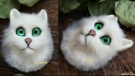 3D Об′ємна брошка войлочная кошка белая валяна