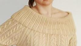 Новый свитер с большим отложным воротником