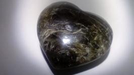 тут изображено Сердечко Лабрадор Натуральный камень