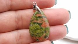Подвеска Уп8 унакит капля натуральный камень зеленый