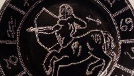 Декоративные тарелки ′Знаки зодиака′ (точечная роспись)