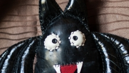 тут изображено Мягкая игрушка Метучая мышь