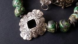 Бусы Этно зеленые из керамики и камней