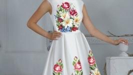 Платье с вышивкой выпускной или свадебный вариант - Лилии