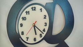 Настенные часы ′Символ Собака′