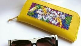 Футляр для окулярів