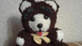 Медведь бурый, серьезный