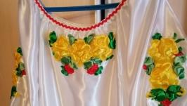 Вишита стрічками жіноча сорочка