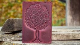 Шкіряна обкладинка на паспорт жіноча бордова тиснення  Дерево життя