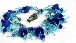 Ожерелье из коконов шелкопряда ′Васильковые колокольчики′