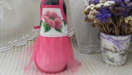 Фартушек для бутылки ′Розовая нежность′