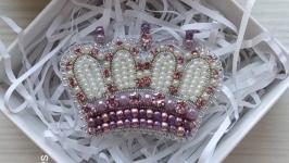Брошь′корона′