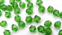 Биконусы 10 шт хрустальные бусины 4.5х4 мм зеленый