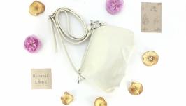 Женская кожаная сумка ′Сушка′ (молочный)