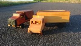Дерев′яний органайзер-машинка