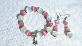 Комплект украшений браслет и серьги.