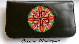 Жіночий чорний гаманець «Калейдоскоп»