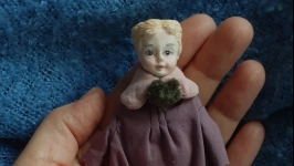 Куколка в винтажной стиле.