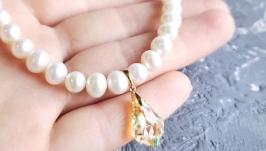 Кольє з натуральних перлів з кристалом Swarovski у позолоті