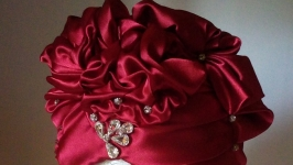 Шляпка женская из атласа ′Glory′ 56-58 размер
