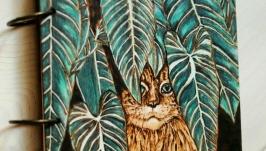 Блокнот из дерева 16х16см ′Кот в джунглях′
