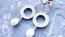 Стильні сережки з натуральними перлами та кристалами