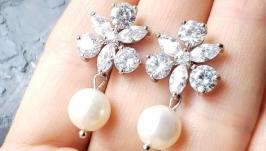 Святкові сережки з натуральними перлами та кристалами