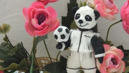елочная игрушка′ Тедди панда -футболист′