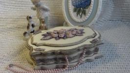 деревянная шкатулка с лепкой для украшений