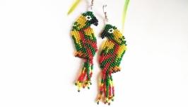 Серьги попугай Красивые серьги из бисера Серьги на подарок Красивые серьги